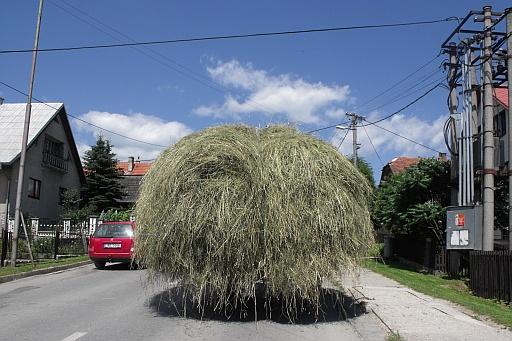 A hay wagon